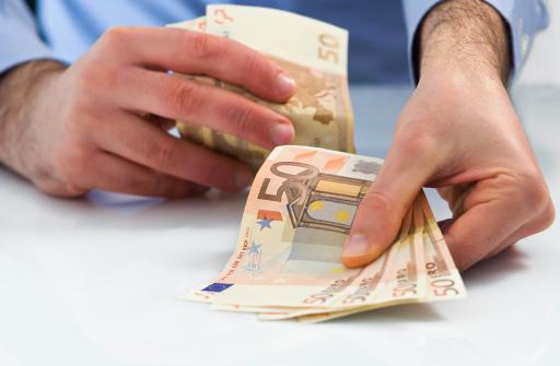 300 Euro frei ohne Einkommensnachweis leihen